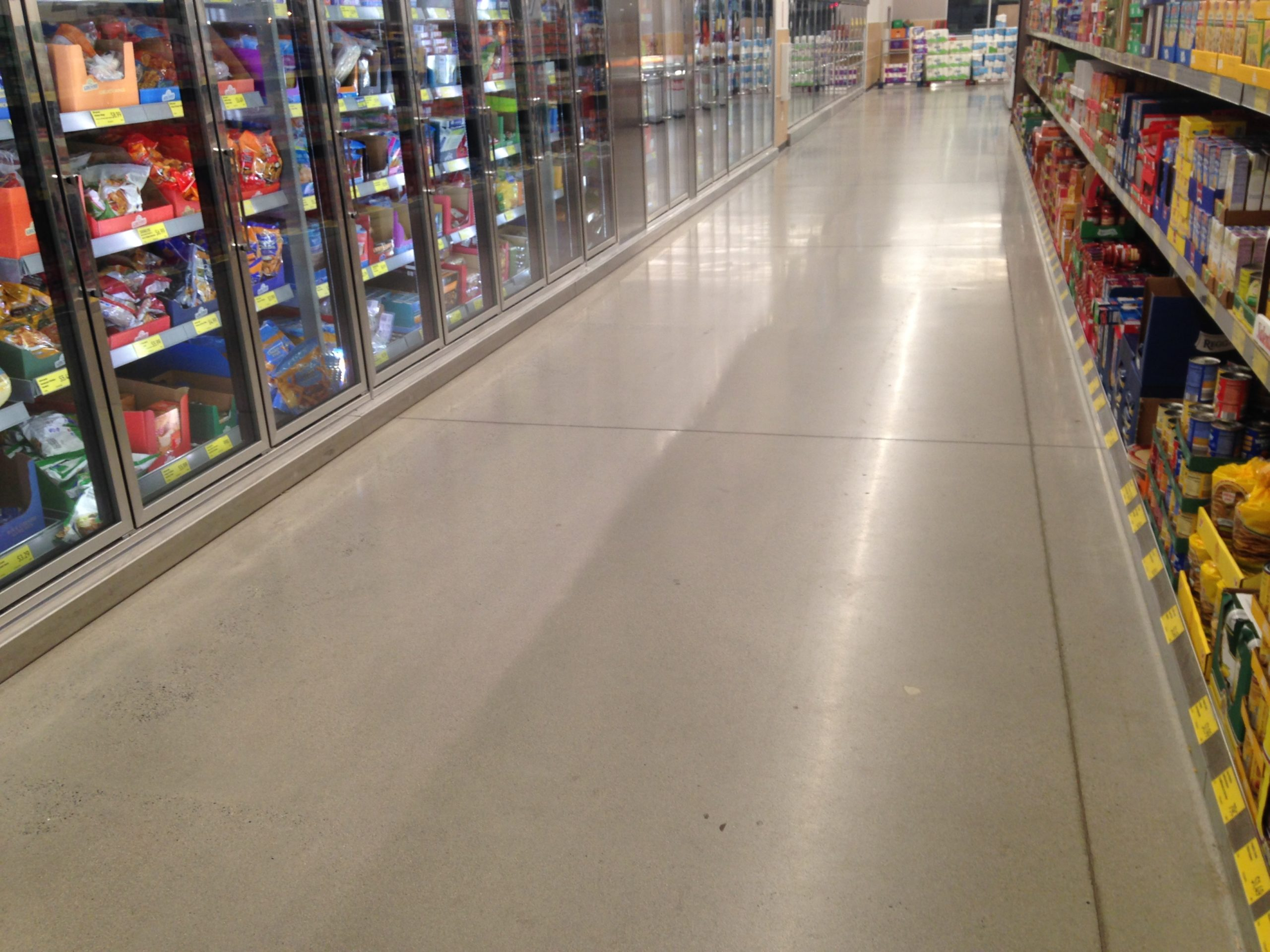 Epoxy flooring retail and grocery stores in CT